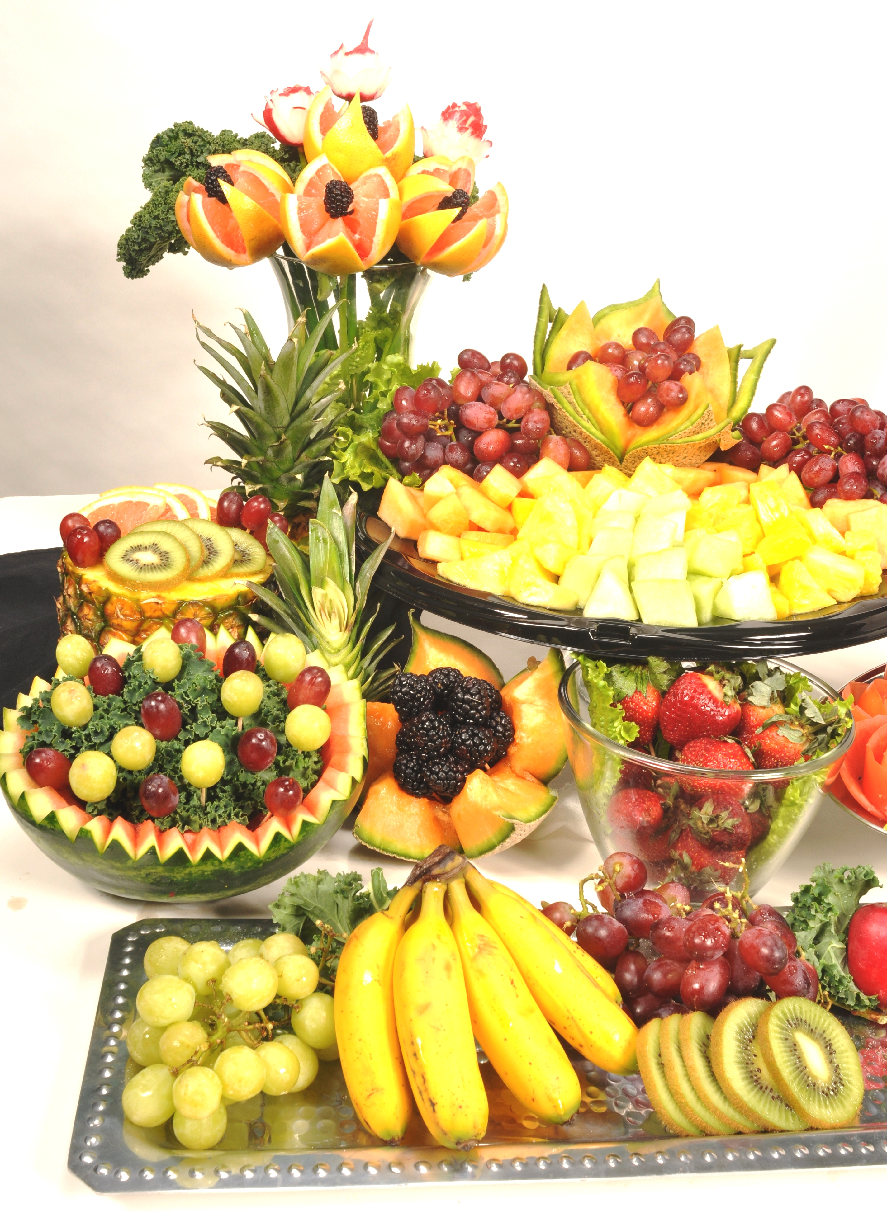 Bridal Menus pictures   DSC 0240fruit displayabc